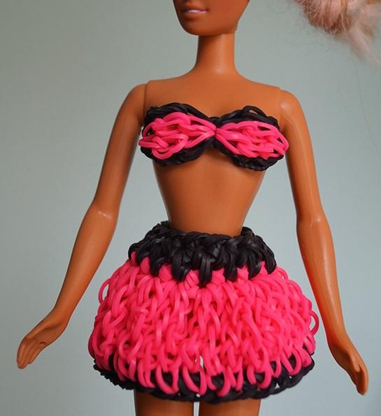 Как сделать для куклы из резинок платье 974